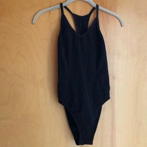 Lululemon black swimsuit cut-out circle in back